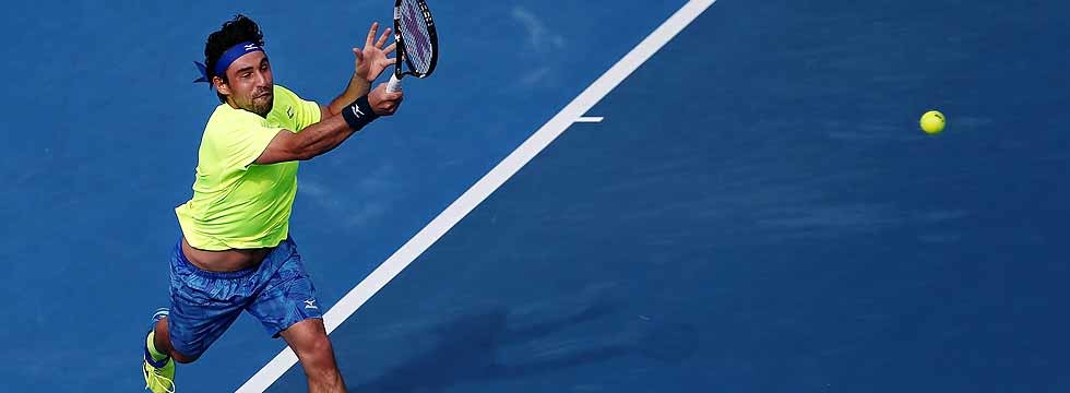 Marcos Battles Into Auckland QF